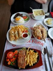 Golden Fork Fresh Food Restaurant